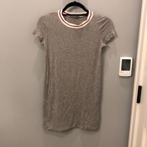 AE T Shirt Dress